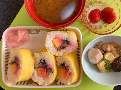 赤とんぼ長嶺「節分豆まき」2021巻き寿司