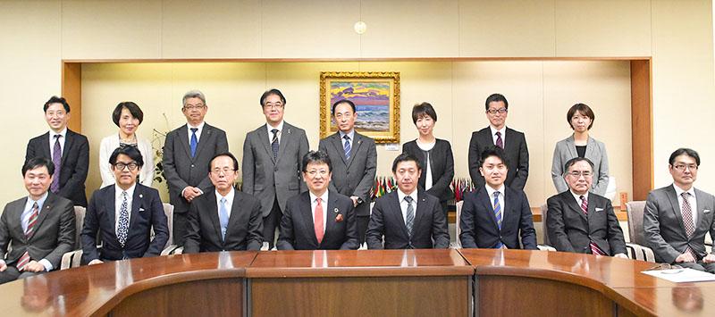 熊本市子育て支援優良企業認定事業所表彰 集合